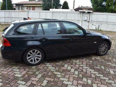 usata BMW 320 Serie 3 d Touring Attiva Tetto Apribile, Catena Dsitribuzione R