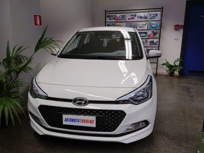 usata Hyundai i20 uniproprietario 28000km - 2016