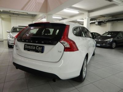 sold volvo v60 t4 summum used cars for sale autouncle. Black Bedroom Furniture Sets. Home Design Ideas