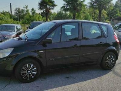 usata Renault Scénic 1.6-2006 Accetto Permute