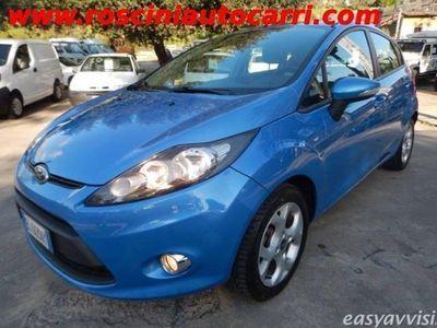 usata Ford Fiesta ikon 1.4tdci 70cv 5p.51kw neopatentati diesel 4/5-porte manuale azzurro