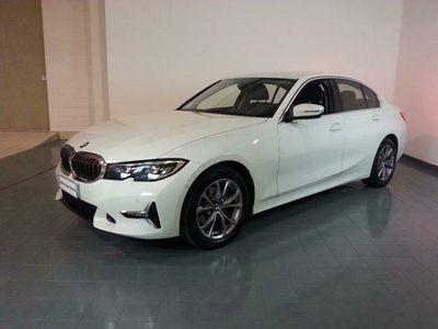 usata BMW 320 d LUXURY*AUTOMATICO+TELECAMERA+BIZONA+NAV