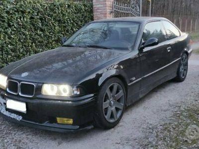 usata BMW 318 is E36 coupé