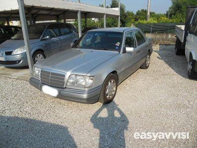 używany Mercedes 200 CLASSE- 250 Diesel