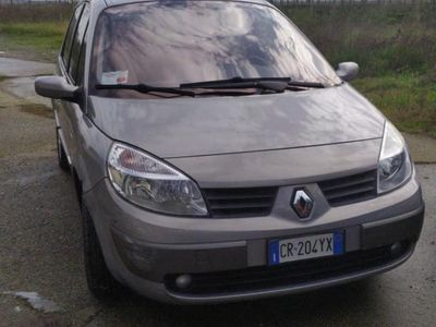 usata Renault Scénic Scenic1.9 dCi Luxe Dynamique SOLO 46800 KLM