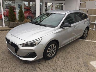 usata Hyundai i30 New Kombi (mj20) 1,4 Benzin Turbo 7-dctsonderedition Yes! (2019) Navi Rückfahrkam.