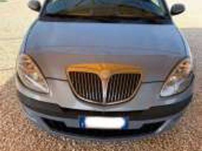 usata Lancia Ypsilon 1.3 MJT Oro Giallo