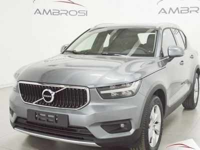 usado Volvo XC40 D3 AWD Geartronic Momentum nuova a Corciano