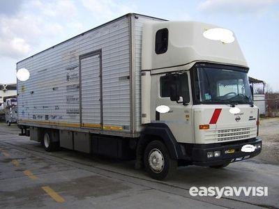 usado Nissan Cargo eco t.200 trasporto 2/auto off.mobile diesel