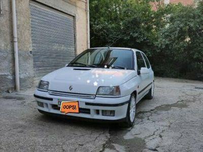 usata Renault Clio 1.8i 16V