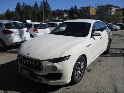 brugt Maserati Levante V6 Diesel 250 CV AWD