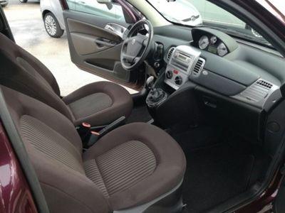 usata Lancia Ypsilon 1.2 69 CV Argento