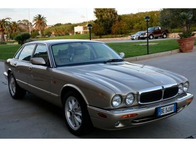 usata Jaguar XJ 4.0EXECUTIVE DA VETRINA PERFETTA IN OGNI SUA PART rif. 7123169
