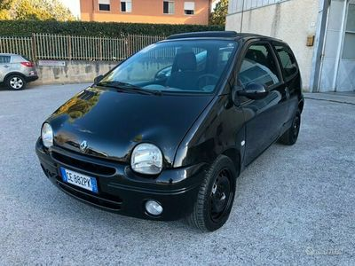 usata Renault Twingo 1.2 benzina Neopatentati