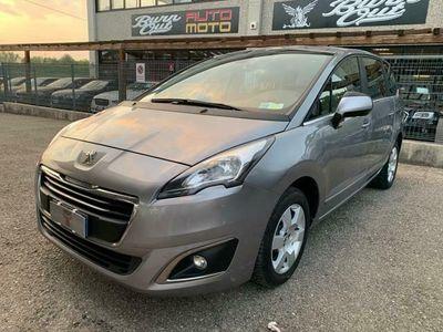 usata Peugeot 5008 1.6 HDi 115CV Allure