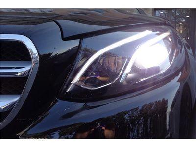 used Mercedes E220 N. MOD CV 190 AVANTGARDE PELLE TOT.NAVI BIXENON