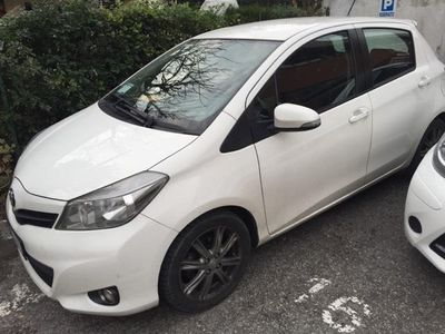 usata Toyota Yaris 1.3 5 porte Style CVT Stop