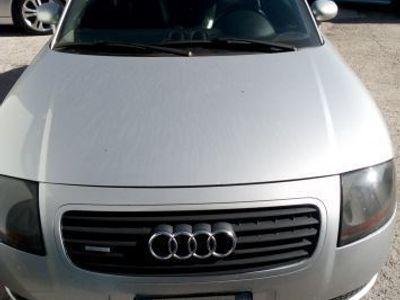 begagnad Audi TT 1800 benzina