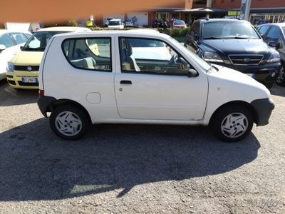 "usado Fiat 600 1.1 ACTIVE ""UNICO PROPRIETARIO"""