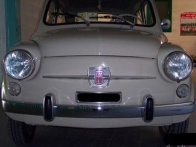 usado Fiat 600D da vetrina