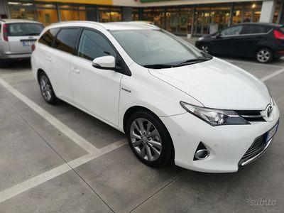 brugt Toyota Auris Hybrid sw unipr garanzia