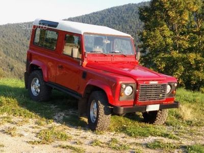 używany Land Rover Defender 90 Td5 SE