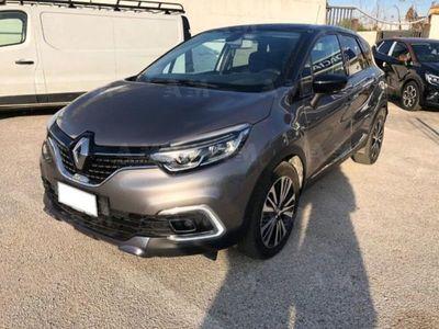 usata Renault Captur dCi 8V 90 CV EDC Initiale Paris