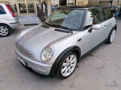 usata Mini Cooper 1.4 d 75cv de luxe x neopatentati