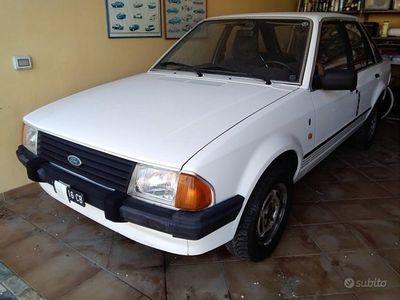 usata Ford Escort Ghia 1300
