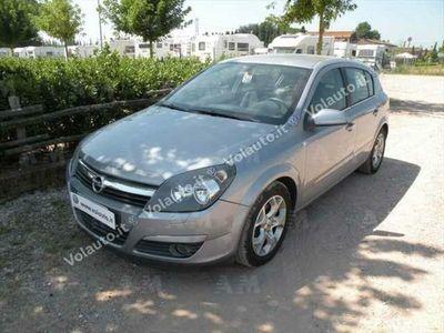 usata Opel Astra 1.7 CDTI 101CV 5 porte Enjoy del 2005 usata a Lucca