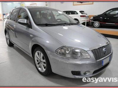 usado Fiat Croma 1.9 Multijet 120cv EMOTION