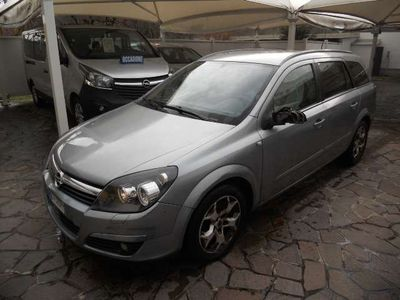 usata Opel Astra 1.9 CDTI 120CV Station Wagon Cosmo