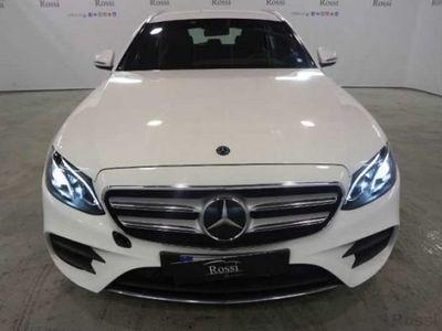 używany Mercedes E220 SW d Premium 4matic auto