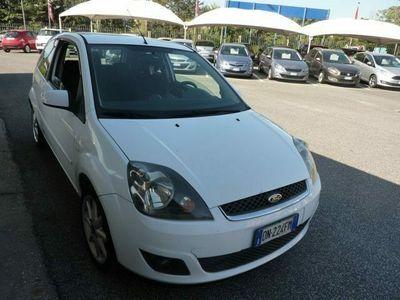 usata Ford Fiesta 1.6 TDCi 3p. Ghia