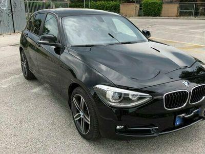 usata BMW 118 serie 1 d Sport Line 5 porte F20