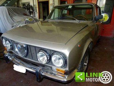 usata Alfa Romeo 2000 in ottimo stato  anno 1973 