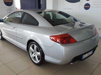 usado Peugeot 407 Coupe 2.7 V6 HDi Tecno del 2006 usata a Pordenone