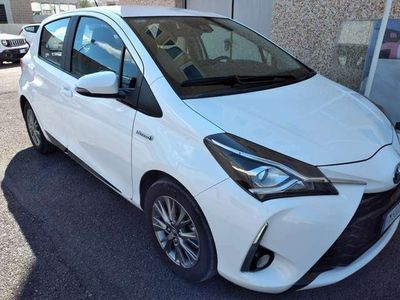 usata Toyota Yaris ACTIVE HYBRID
