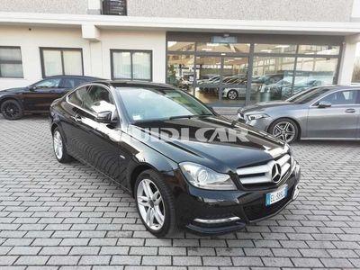 usata Mercedes 220 C coupecdi (BE) Avantgarde