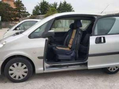 usata Peugeot 1007 1.4 HDi Happy rif. 10682409