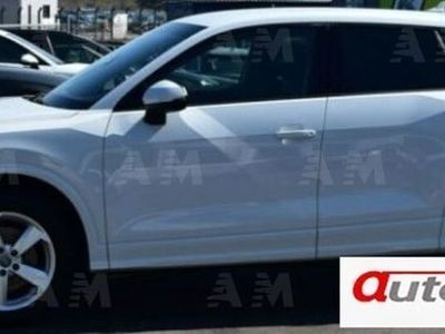 usata Audi Q2 1.6 TDI Sport led navi pdc cruise garanzia uff.