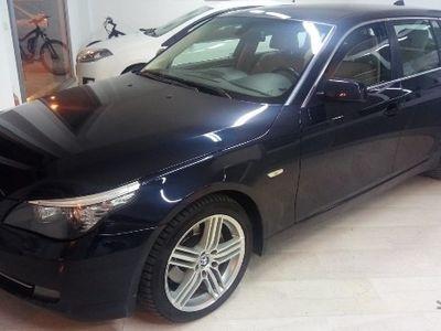 usado BMW 530 XDrive Touring Futura CV 235 Restyling 4X4