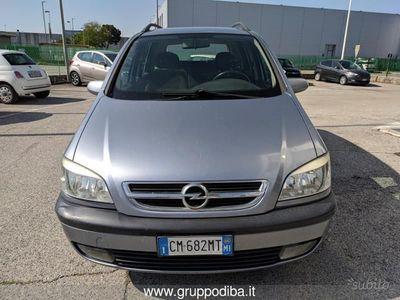 usata Opel Zafira 2.2 DTI ELEGANCE