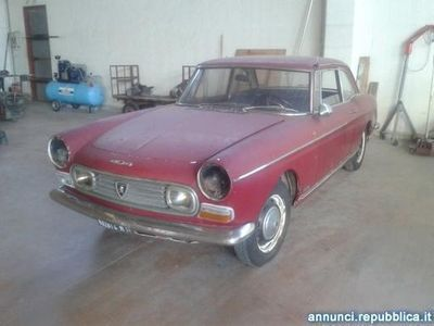 second-hand Peugeot 404 COUPE' Bibbiano