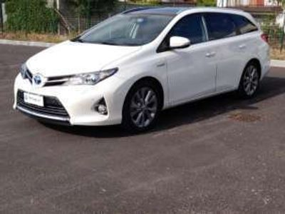 usata Toyota Auris Touring Sports 1.8 Hybrid Lounge Elettrica/Benzina
