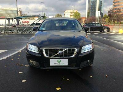 usata Volvo V70 V70 2.4 D5 Momentum2.4 D5 Momentum