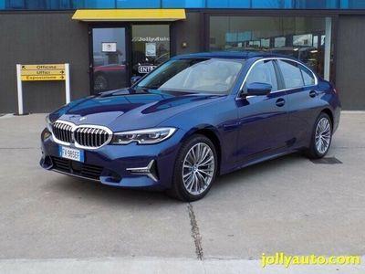 usata BMW 320 d xDrive Luxury Automatica full optionals Cremosano