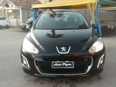 usata Peugeot 308 1.6 8V HDi 93CV 5p. Premium