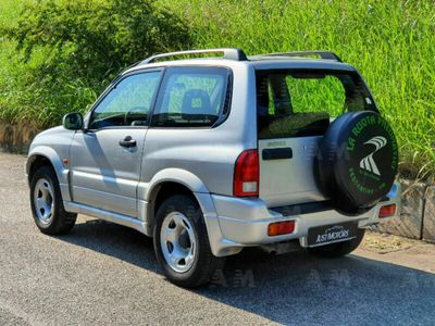 usata Suzuki Grand Vitara 1.6i 16V cat 3 porte