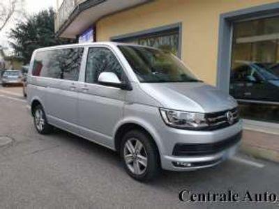 usata VW Caravelle 2.0 tdi 150cv 4 motion pc comfortline 9 posti diesel
